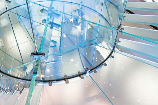 Structural glass staircase