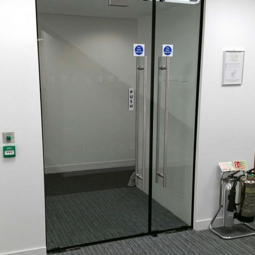 Lunax fire resistant glass door
